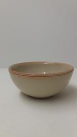 Mooi schaaltje gemerkt H v D en 393-2 / Nice bowl marked H v D and 393-2