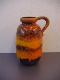 Grote kan in nummer 484-27 / Large jug in number 484-27