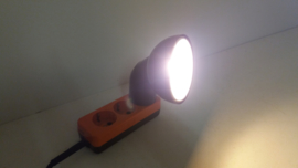 Retro stopcontact lampje Duits 21 cm. / Retro outlet light Germany 8.2 inch.
