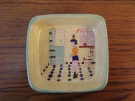 Schaaltje met reliëfafbeelding, gemerkt H.A./   Old dish, marked.