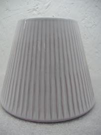 Wit met aardewerk doorschijnend 2075. / White with the clay shining through 2075