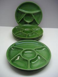 Fondue bord in groen 23cm. / Fondue plate in green 9.1 inch.