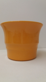 Grote bloempot geel nummer 21117 ADCO / Large planter yellow 21117 ADCO