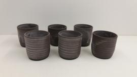 6 bekers potterie de Graaf Epe / 6 mugs pottery de Graaf Epe