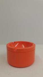 Mepal oranje asbak 10 centimeter. / Mepal orange ashtray 3.9 inch.