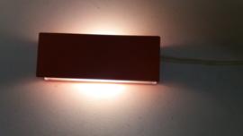Oranje wand lampje 5 x 23 cm. / Orange little wall light 1.9 x 9.0 inch.