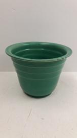 Bloempot in groen 14 cm. model 2105 / Planter in beige 5.5 inch. shape 2105