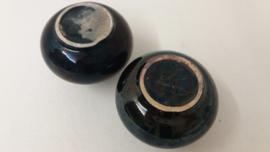 adco vaasjes in zwart /  little adco vases in black