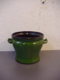 Speck Groen met oortjes 10 x 13 cm. / Green with handles 3.9 x 5.1 inch.