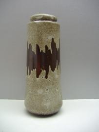 Grijs met metallic bruine zigzag 26 cm. / Gray with metallic brown zigzag 10.2 inch.