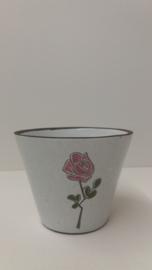 Bloempotje met een roze roos / Planter with a pink rose