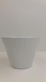 Bloempotje wit  met ribbel gemerkt 000 / Planter in white with rib marked 000