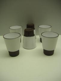"""6 bekers van `T VUUR Holland / 6 mugs by """"T VUUR Holland"""
