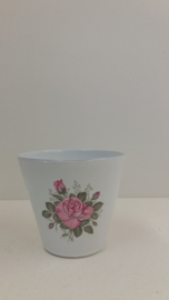 Bloempot in wit met roze rozen / Planter in white with pink roses