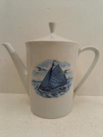 Bavaria koffie of theepot met scheepsafbeelding / Bavaria coffee or teapot with ship image