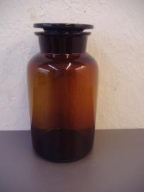 Apothekers pot bruin 20 cm. / Pharmacists jar in brown 7.9 inch.