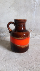 Kan in rood en bruin design Fabiola / Jug in red and brown design Fabiola