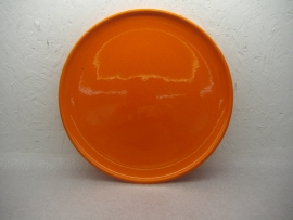 Fel oranje bord 28.5 cm. / Bright orange plate 11.2 inch.