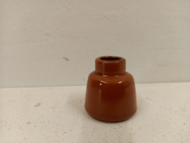 Klein vaasje in bruin 4 cm. / Little vase in brown 1.57 inch.