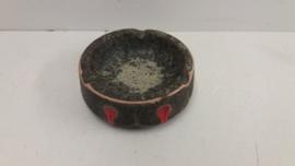 Strehla asbak met fatlava en oranje / Strehla ashtray with fatlava and orange