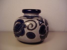 Fatlava vaas in grijs en blauw 15 cm. / Fatlava vase in gray and blue 5.9 inch.