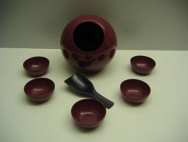 Pindaset in paars met 6 cups en lepel / Peanut set purple 6 cups and a spoon