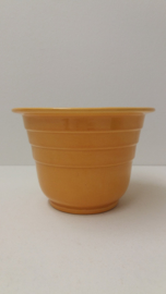 Gele bloempot met 3 ribbels 2105-1 / Yellow planter with 3 ribs 2105-1