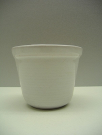 Westraven bloempot in mat wit nummer 330 / Planter in white number 330