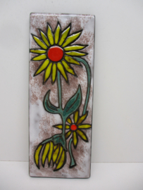 Ruscha wandbord met zonnebloemen  / Ruscha wall tile with sunflowers
