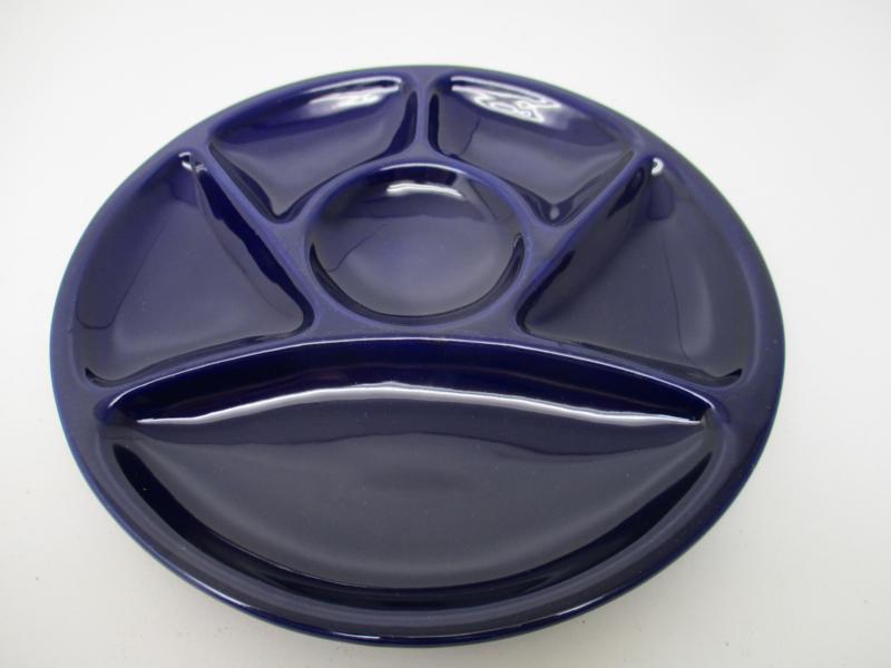 Fondue bord in blauw 23cm. / Fondue plate in blue 9.1 inch.