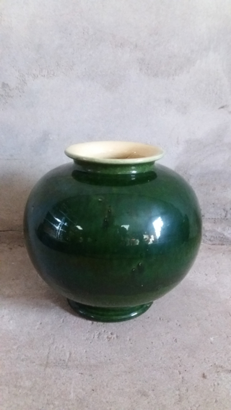 Groninger steenfabriek groen vaas 1020 / green vase 1020