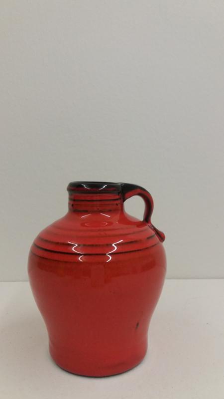 Klein oranje kannetje Speck potterie?  / Little orange jug Speck pottery?