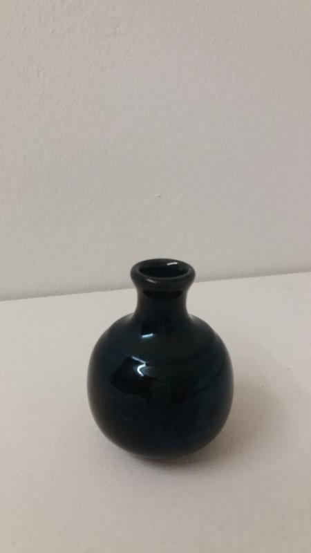 Minivaasje zwart Adco 6.5 cm. / Mini vase black Adco 2.5 inch.