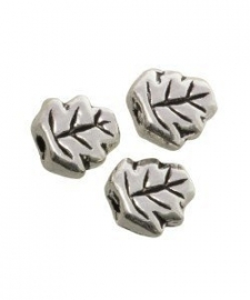 Metalen kraal zilver blad