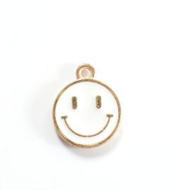 Bedel smiley wit goud 15x12 mm