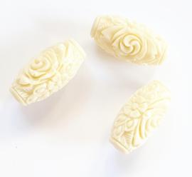 Koraal kraal bloem tube carved wit vanilla