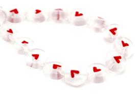 Glaskraal wit hartje rood 7 mm disc