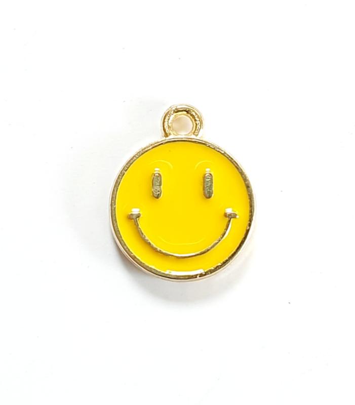 Bedel smiley geel goud 15x12 mm