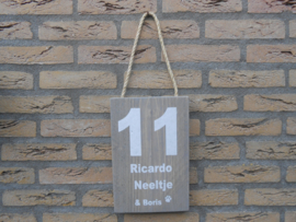 Naambord 18,5 cm  x 30 cm