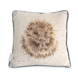 Wrendale Designs Awakening Hedgehog (Egel)  kussen    40 x 40 CM