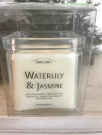Waterlily & Jasmine  Smellies geurkaars  50 Branduren