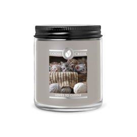Loves To Cuddle 7oz Goose Creek  soywax candle