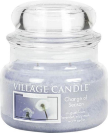 Change of Season Village Candle  small Jar  55 Branduren