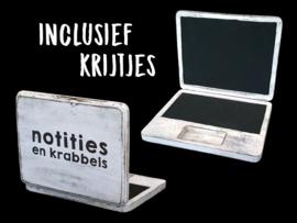 Laptop Krijtbord  + krijtjes. 25x20cm