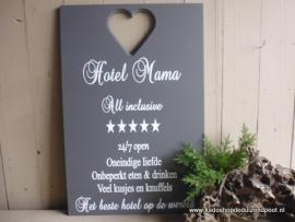 Hotel mama  Tekstbord