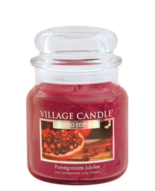Pomegranate Jubilee Village Candle Medium   105 Branduren