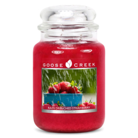 Rain Drenched Strawberry Goose Creek Geurkaars  Large Jar