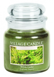White Cedar Village Candle  Geurkaars  105 Branduren