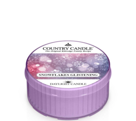 Snowflakes Glistening Country Candle  Daylight