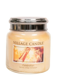 Celebration  Village Candle Medium Jar 105 branduren
